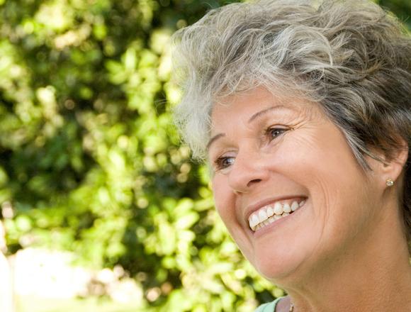 Newnan Dentist | Optimal Gum Health for Seniors